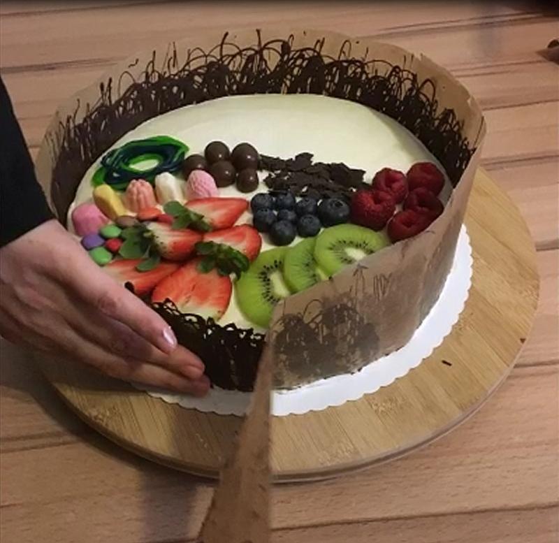 Özel Günleriniz için yapabileceğiniz özel ve güzel bir pasta..
